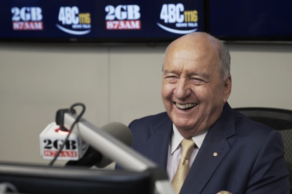 Alan Jones to retire from radio after 35 years