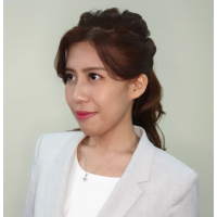 Kristine Lee presents news for TV Sarawak